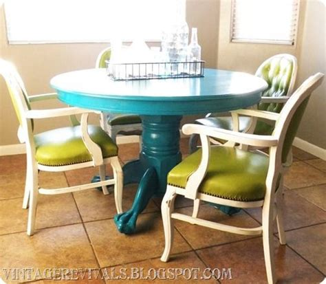 spray painting kitchen table how to paint ur kitchen table fabulous furniture
