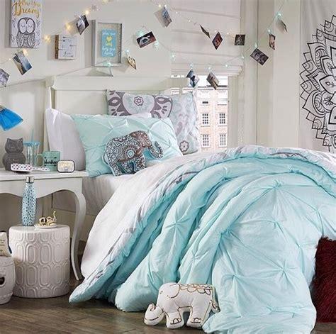 21 comforter set 1000 ideas about blue comforter on blue