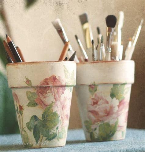 decoupage clay pots ideas decoupage pots from paper napkins paint techniques verf