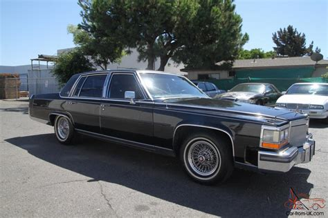 1986 Cadillac Fleetwood Brougham For Sale by 1986 Cadillac Fleetwood Brougham Automatic 8 Cylinder No
