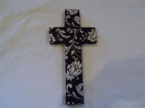 decoupage cross decadent decoupage cross black n white ceramic crosses