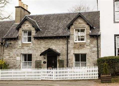 cottages pitlochry auld smiddy cottage pitlochry cottage