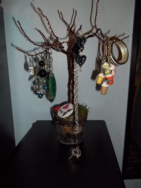 how to make a jewelry tree out of wire wire jewelry tree 183 how to make a jewelry tree 183