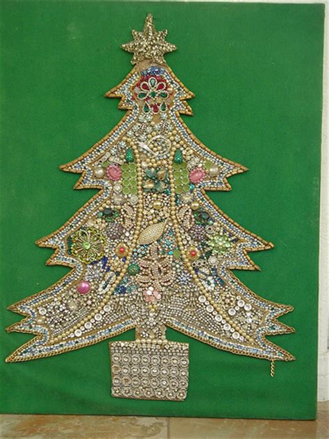 how to make a costume jewelry tree one of those trees made from costume jewelry