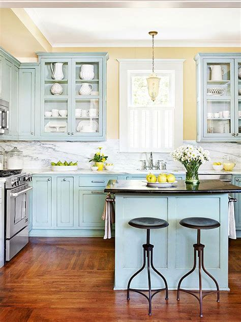 best yellow paint color for kitchen cabinets 25 best ideas about kitchen colors on