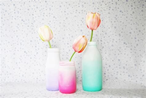 spray painting glass jars the pink doormat spray painted ombre glass bottles