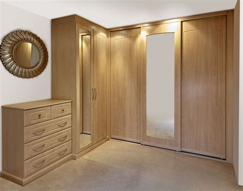 fitted bedroom furniture swan systems fitted bedroom furniture in hshire