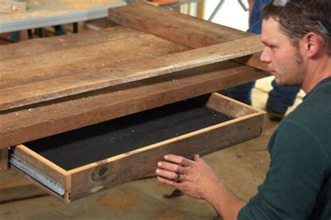 how to build an office desk how to build a reclaimed wood office desk how tos diy