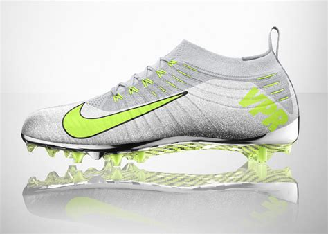 nike knit soccer cleats nike unveils vapor ultimate the flyknit football