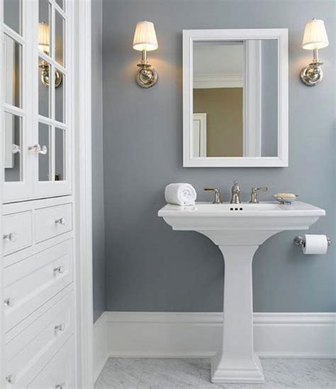 painting ideas for small bathrooms 17 best ideas about small bathroom paint on