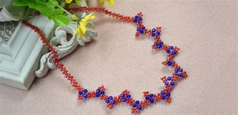 how to make handmade jewelry at home how to make wavy necklaces with seed at home