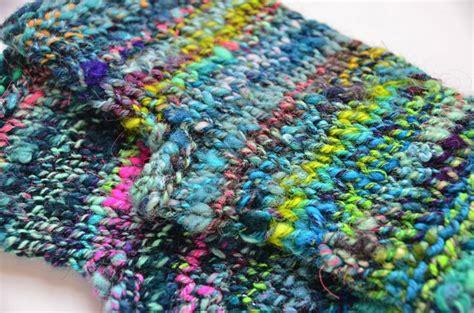 knitting patterns bulky yarn bulky handspun yarn knit fingerless mitts pattern yarnie