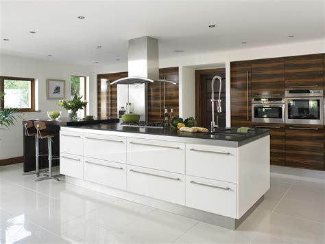 white gloss kitchen designs gloss white kitchens hallmark kitchen designs
