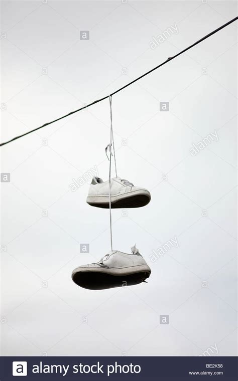 photo hanging wire top 28 hanging photos on wire sneakers hanging
