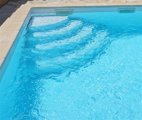 escalier d angle pour piscine angsl125