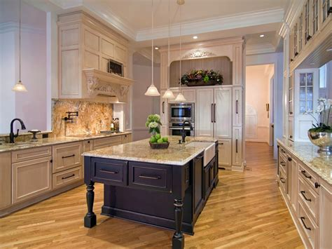 painting kitchen cupboards ideas painting kitchen cupboards pictures ideas from hgtv hgtv