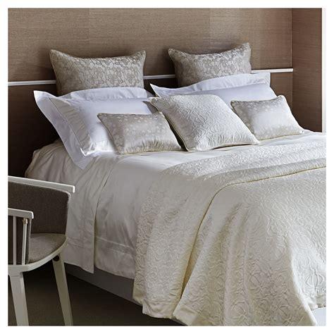 designer bedding for 19 luxury designer bedding sets qosy
