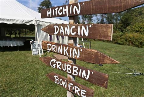 country backyard wedding ideas country backyard wedding featured on painted weddings