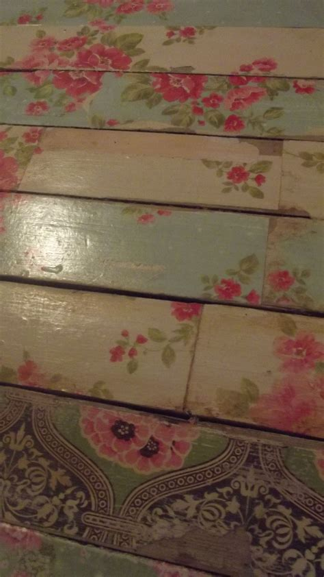 Paper Floor For The Vintage Feel Decoupage Furniture