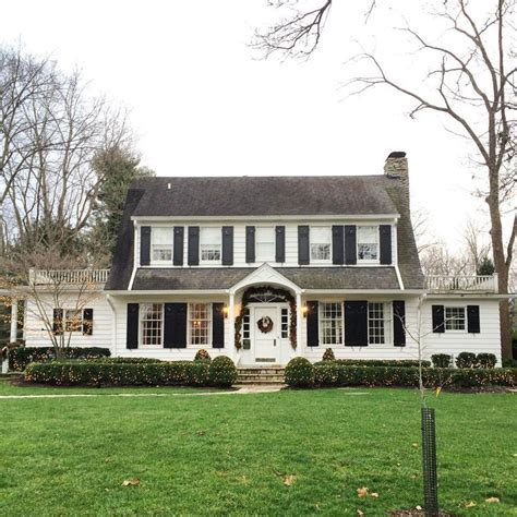 colonial homes 25 best ideas about colonial homes on