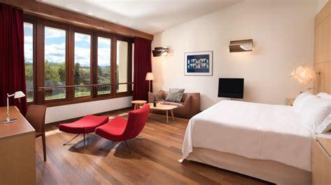 decoracion habitacion hotel habitaciones y suites en hotel marqu 233 s de riscal elciego