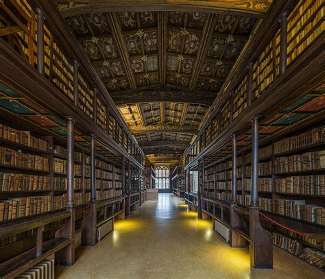 library interior file duke humfrey s library interior 2 bodleian library