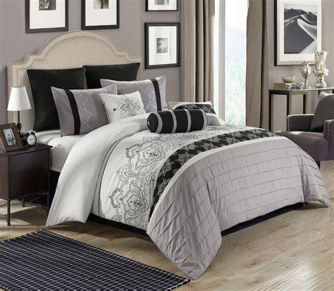 grey bed comforter sets 8 temsia gray white black comforter set