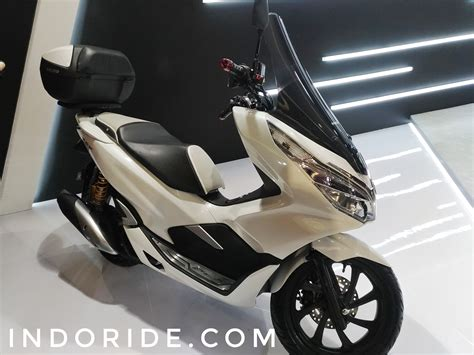 Pcx 2018 Putih Modifikasi by Gambar Modifikasi Motor Pcx 150 Otomania Update