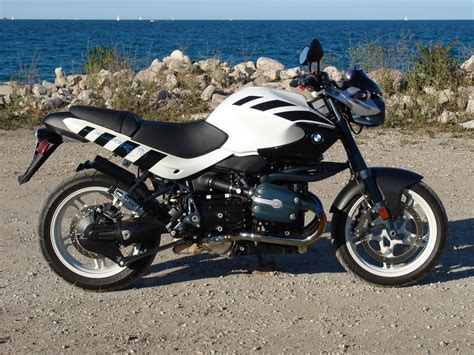 2002 Bmw R1150r by 2002 Bmw R1150r Rockster Pics Specs And Information