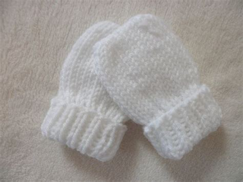 knitting pattern baby mittens thumbless baby mittens thumbless knit in sizes newborn to 18