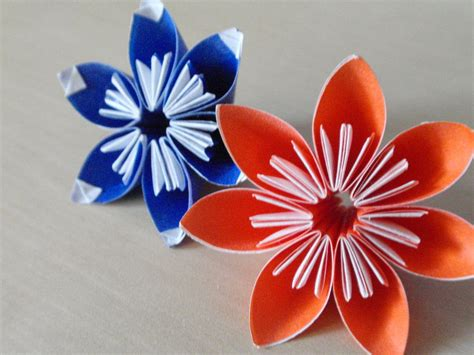 simple origami flowers simple origami flowers by revenia on deviantart
