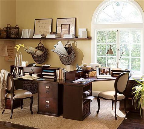 paint colors for home office like the shelf with other things and the light colored