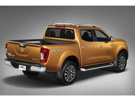 Nissan Diesel Frontier by Nissan Np300 Frontier Di 233 Sel 2017 Autocosmos