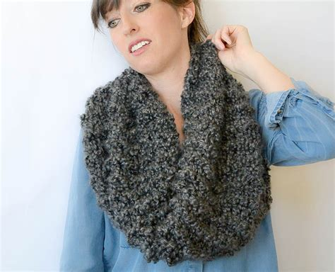 how to knit a cowl eiffel cowl beginner knitting pattern in a