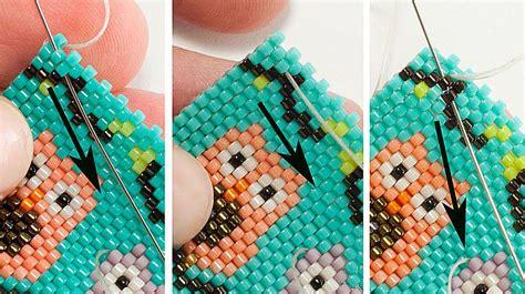 bead loom thread weaving in beading thread with peyote stitch