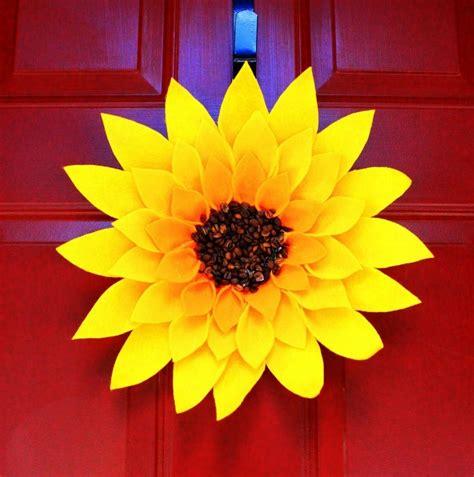 sunflower crafts for summer sunflower wreath allfreekidscrafts