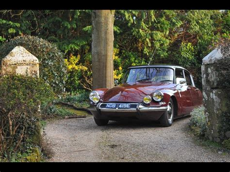 Citroen For Sale by 1967 Citroen Ds For Sale Classic Cars For Sale Uk