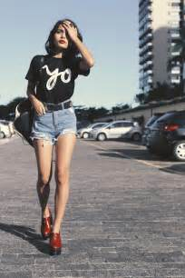 Home Decor Source top 10 chic short jeans wearing girls outlet value blog