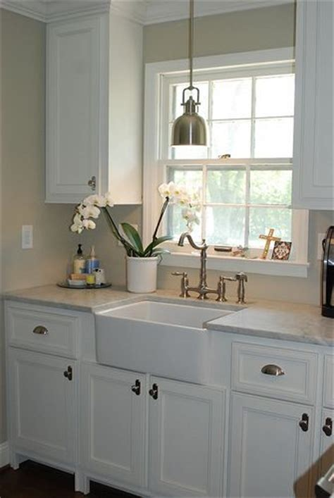 small kitchen sink ideas best 25 small kitchen sinks ideas on small