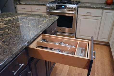 kitchen cabinets drawers how do i if a cabinet is quality