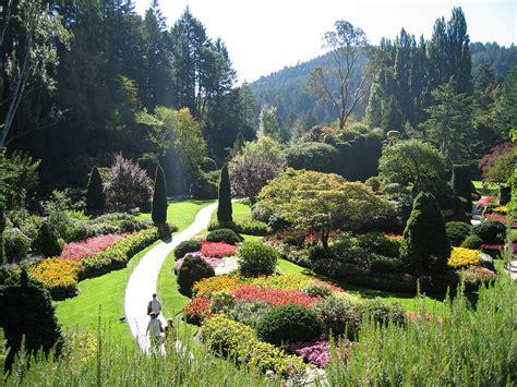photos of gardens butchart gardens