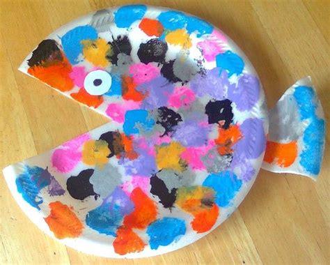 summer crafts spl children fish storytime