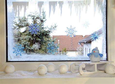 Fensterdeko Weihnachten Sprühschnee by Adventsfenster Und Fensterbilder Zu Weihnachten Gestalten