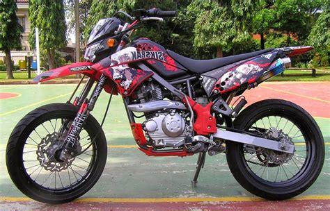 Harga Motor Modifikasi by 50 Gambar Modifikasi Kawasaki Klx 150 Supermoto Keren