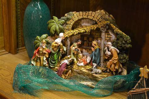 manger set unto us a child is born nativity sets tell the news