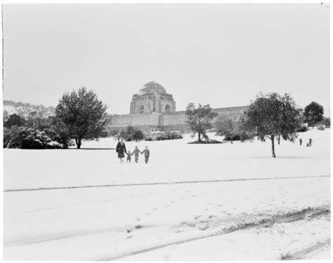 snow domes australia snow in canberra in 1965