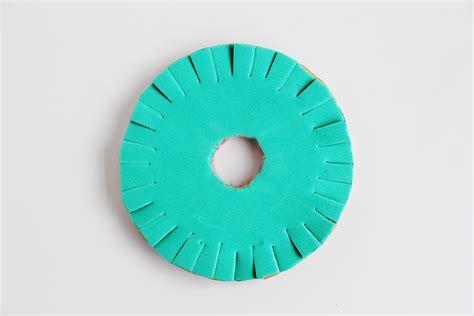 braiding with on the kumihimo disk how to make a kumihimo disk fall for diy