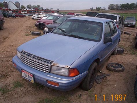 how to fix cars 1994 plymouth voyager engine control repair 1994 plymouth acclaim engines 1994 plymouth acclaim fuel injector set parts from car