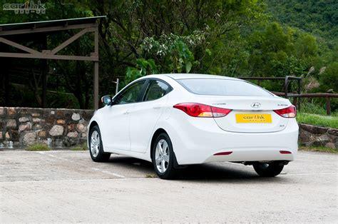 Hyundai Elantra 07 by Hyundai Elantra Review 07 香港第一車網 Car1 Hk