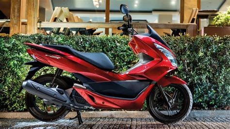 Honda Pcx 2018 Review by 2018 Honda Pcx150 Review Totalmotorcycle